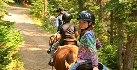 Horseback Riding on Vermont Horse-Friendly Trails